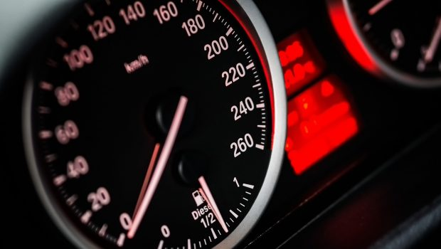 מחקר: הטכנולוגיות המותקנות ברכב מהוות סכנה לנהגים