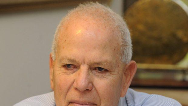 יועץ הביטוח של עיריית תל אביב עמיחי הררי פורש