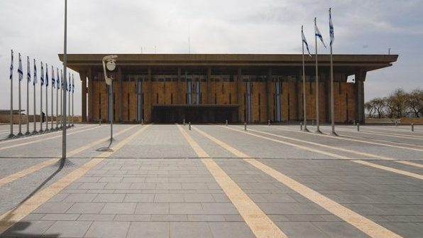 האנליסט אייל דבי על האפשרות לפיזור הכנסת: הקדמת הבחירות – תוספת לאי הוודאות בזמן הקצר; היציאה מהקורונה תכתיב את הטון בשנה הקרובה