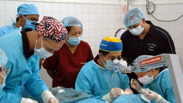 תביעה: טיפול שיניים רשלני הביא אישה אל סף מוות