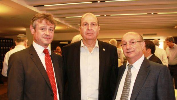 שר הביטחון לשעבר יעלון התארח במפגש צהריים של גדעון המבורגר ולשכת המסחר ישראל-שוויץ וליכטנשטיין