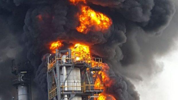 פז: הנזק בשריפה בבית הזיקוק באשדוד מוערך בכ-20 מיליון שקל