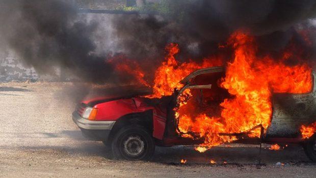 איום כללי בפגיעה ברכב אינה משום סיכון צפוי שמהווה רשלנות