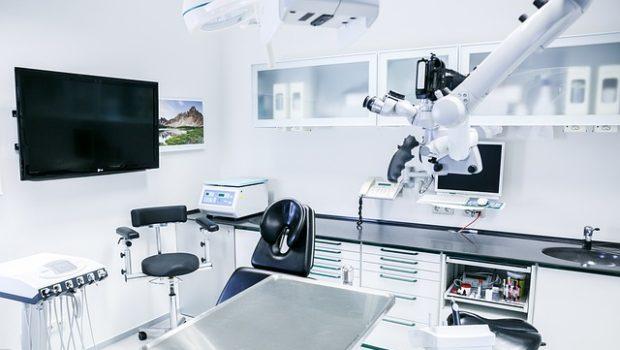 הכרעות עקרוניות: רשות שוק ההון הורתה לחברת הביטוח לממן את טיפול השיניים במלואו בהתאם לפוליסה