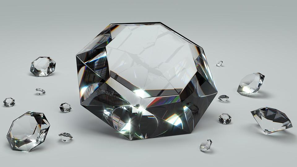 גיל קמחי יהלומים תובעת 22.3 מיליון שקל ממנורה מבטחים בעקבות היעלמם של שני יהלומים