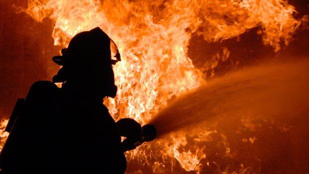 נזקי שריפות היערות בקליפורניה ברבעון האחרון של 2017 מסתכמים ב-12 מיליארד דולר