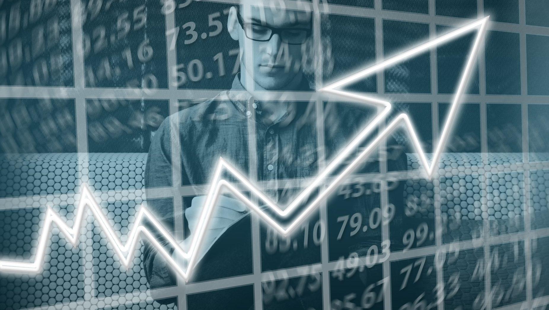 תשואות חיוביות לפנסיה בנובמבר: הקרנות של מנורה מבטחים מובילות עם תשואה של עד 1.1%