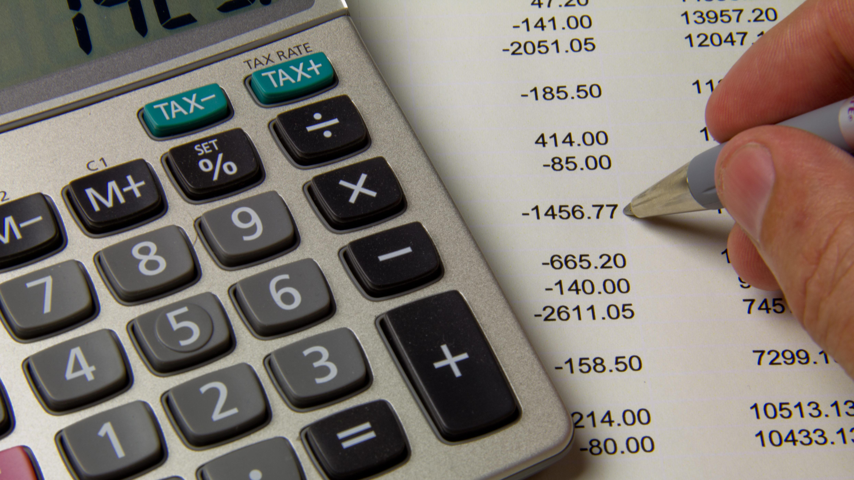 קופות הגמל להשקעה בחודש מאי: חסכון טופ של מנורה ירדה 0.8% בלבד ומובילה את הטבלה