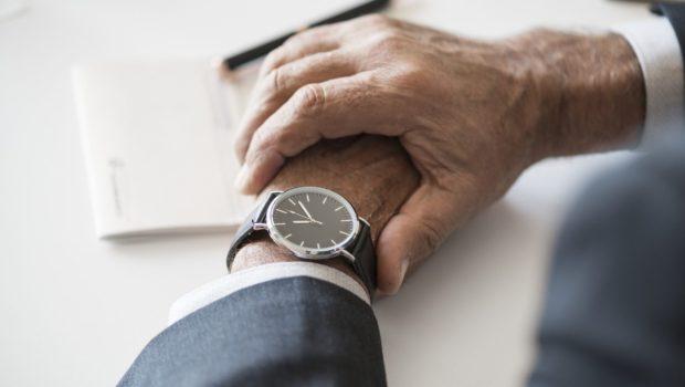 הצעת חוק: חישוב ההפרשה לפנסיה של מועסקים יכלול את השעות הנוספות ותוספות השכר
