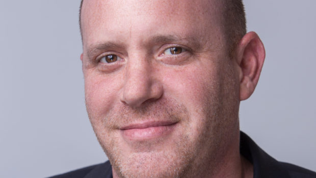 """וובי תובעת מיליון שקל מהמנכ""""ל לשעבר שרון גילר"""