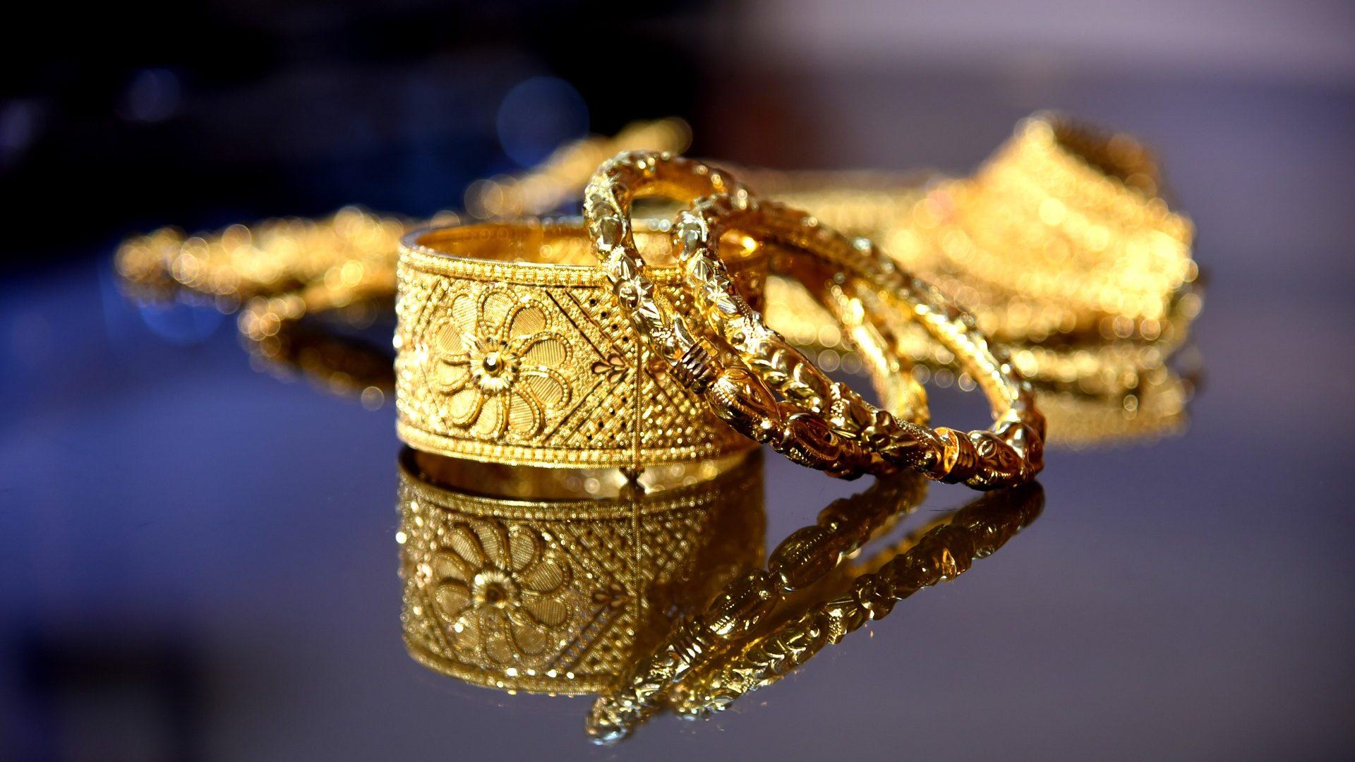 ר.ד.י.א. יהלומים תובעת 1.32 מיליון שקל מחתמי לוידס לאחר שלא שולמו לה תגמולים על אובדן טבעות יקרות ערך