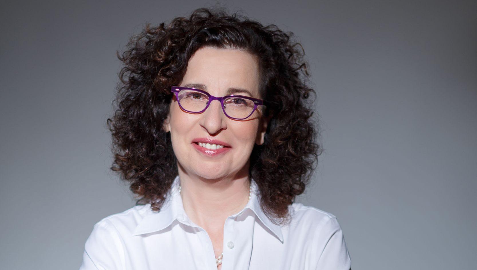 """התפקיד החדש של ענת לוין: מנכ""""ל בלאקרוק ישראל"""