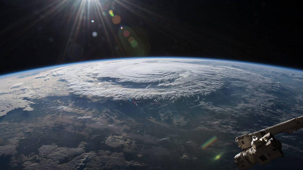 הערכות: הוריקן פלורנס לא יפגע בהון של המבטחים / מאת ישראל גלעד
