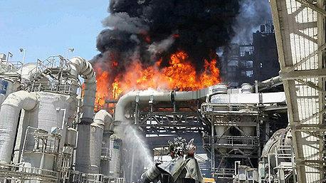 מגדל ורותם אמפרט הגישו תביעת שיבוב בסך 360 מיליון שקל בעקבות השריפה במפעל החברה
