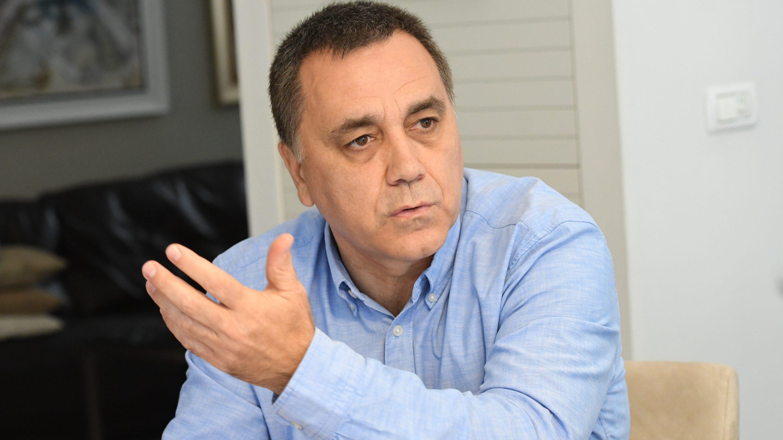 """יו""""ר הוועדה האלמנטרית ישראל גרטי לחברות הביטוח: האריכו אוטומטית את הביטוחים במהלך חודש אוקטובר"""