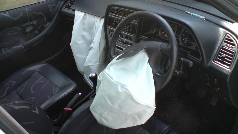 חובת בדיקה של תקינות כריות האוויר ברכב עלתה היום לדיון בוועדת שרים לענייני חקיקה