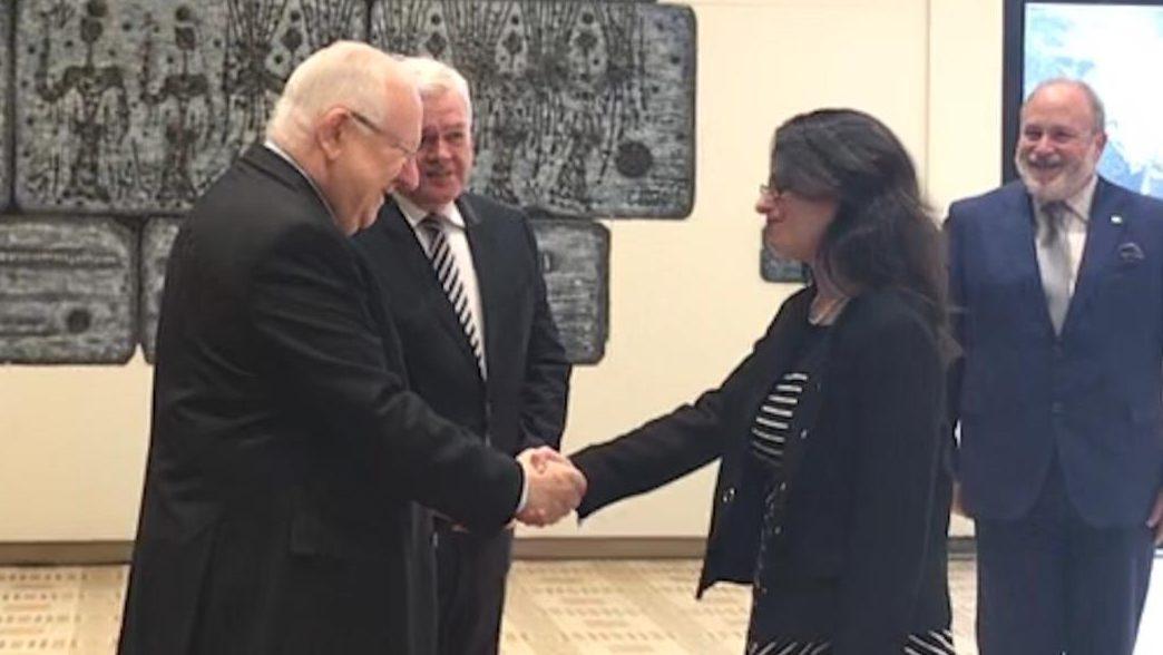 """עו""""ד אורלי נשיץ, קונסול כבוד (כללי) של איסלנד, ליוותה את שגריר איסלנד הנכנס בביקורו אצל הנשיא ריבלין"""
