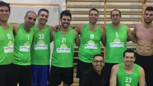 נבחרת הכדורסל של הלמן אלדובי העפילה לגמר בליגה למקומות עבודה