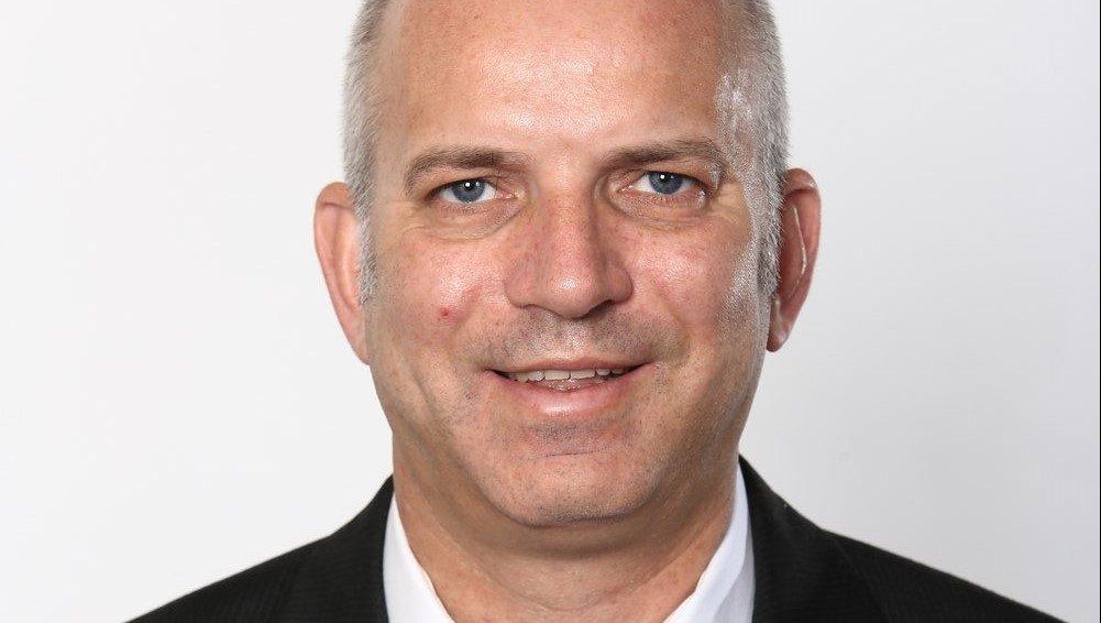 """עו""""ד מני נאמן מונה למשנה למנכ""""ל וחבר בצוות העסקי של הפניקס"""
