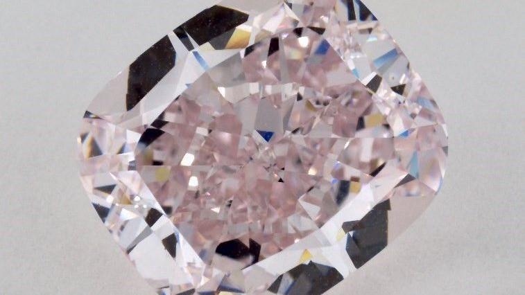 ספדיקו אינטרנשיונל הגישה תביעת שיבוב נגד גיל קמחי יהלומים, המבטחת מנורה מבטחים ואחרים