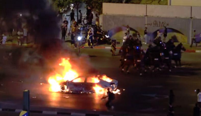מי ייתן מענה לבעלי רכבים שנפגעו במהומות המחאה של בני העדה האתיופית?