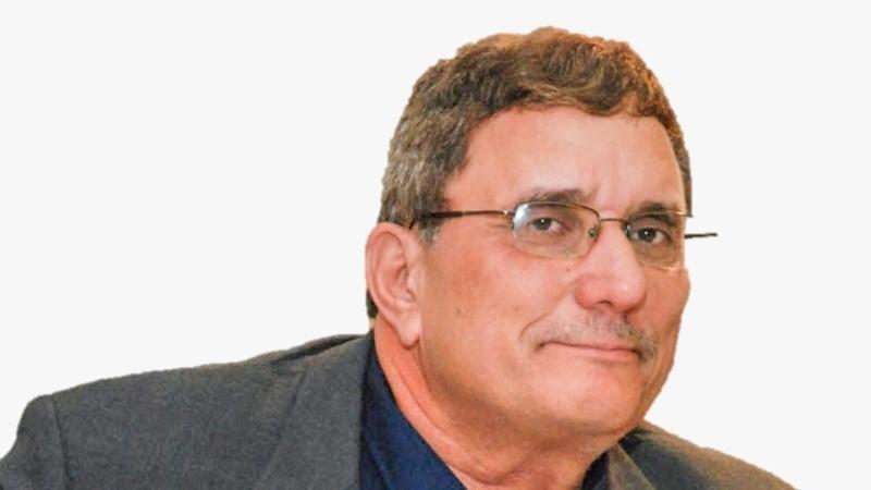 """עמוס גואטה מסרב לפנות את תפקיד יו""""ר ועדת הטכנולוגיה לקובי סוויסה"""