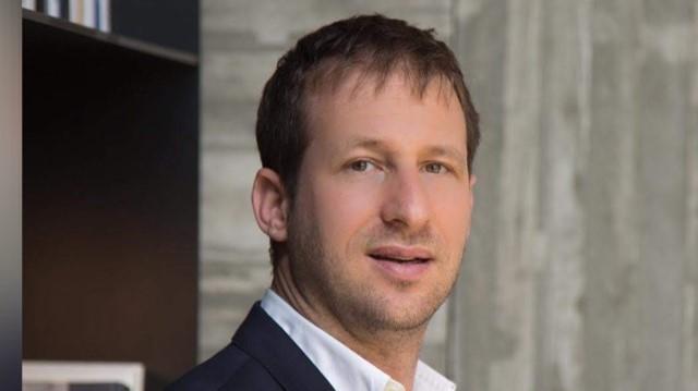 ארז פישלר, יזם פינטק: הטכנולוגיה שלנו תאפשר לשלם עמלה לסוכן עם החתימה על הפוליסה