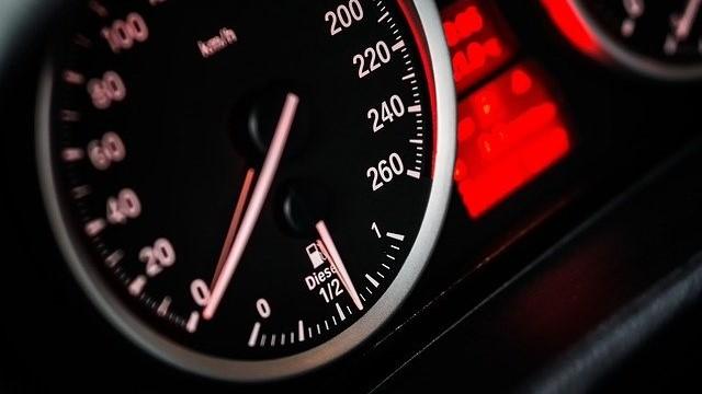 """המחוזי: עצירה זמנית בצד הדרך, כאשר הרכב מונע, אינה בגדר שימוש ברכב מנועי לפי חוק הפלת""""ד"""