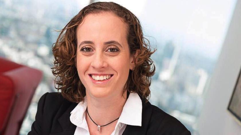 """עו""""ד ד""""ר אלומה צרניק: סוכני ביטוח צריכים לעלות על הרכבת של ה-BIG DATA"""