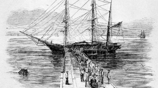לוידס מתנצל על חלקו בסחר עבדים