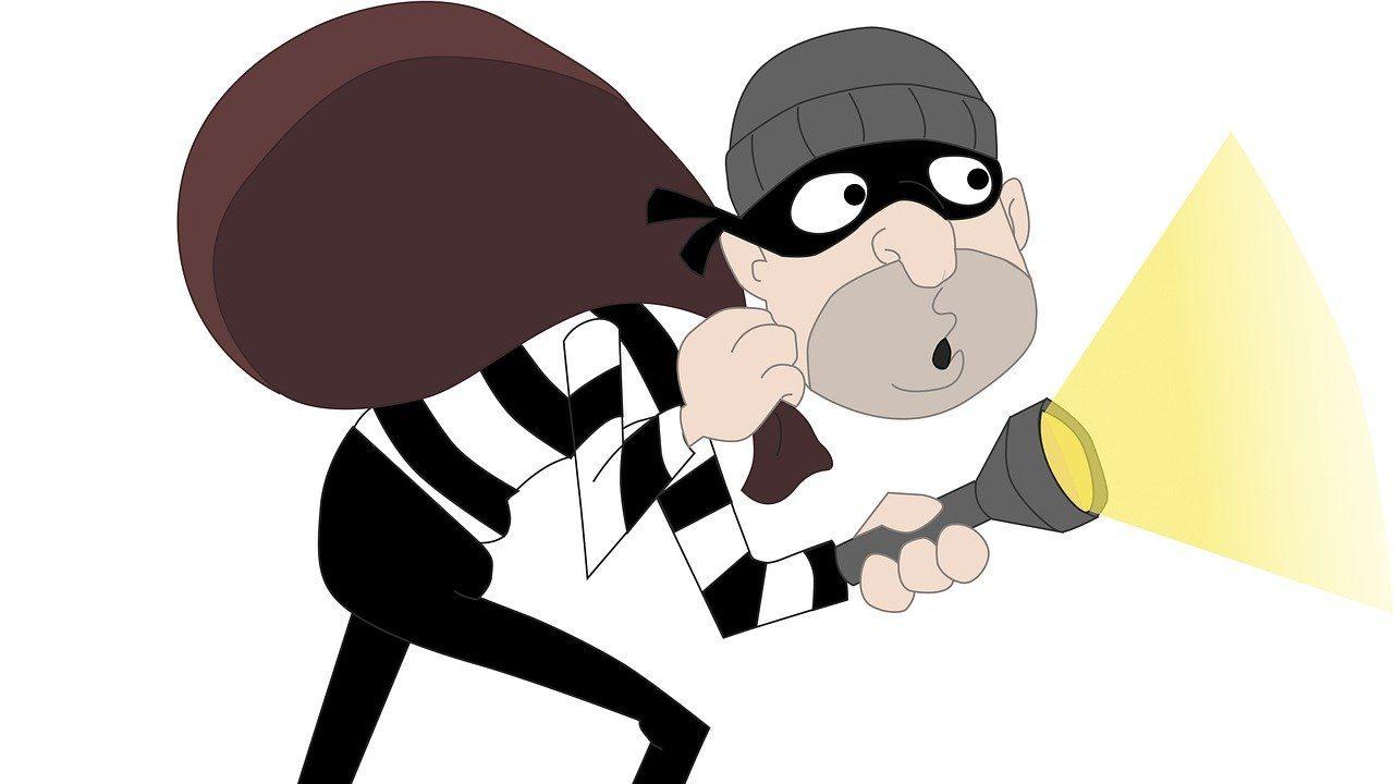 אלמונים פרצו למחסני אלקטרה בפברואר 2019 והיא תובעת מהראל 850 אלף שקל