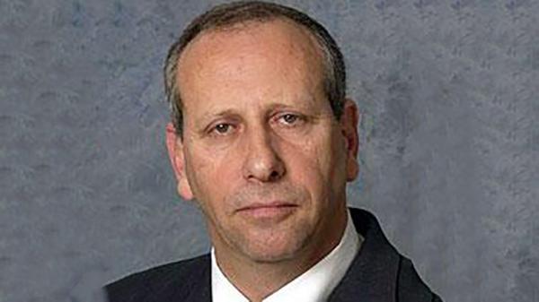 """שינויים במגדל: מוטי רוזן מונה לדירקטור בחברה, ד""""ר גבי פיקר יעזוב בעקבות חילוקי דעות עם היו""""ר"""