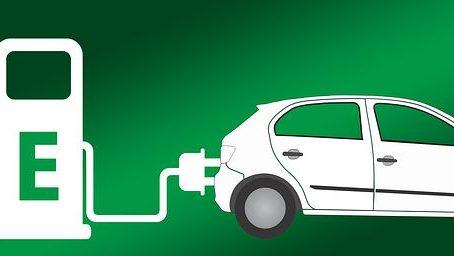 המכונית החשמלית – טכנולוגיה מתקדמת וסיכונים חדשים / מאת ישראל גלעד