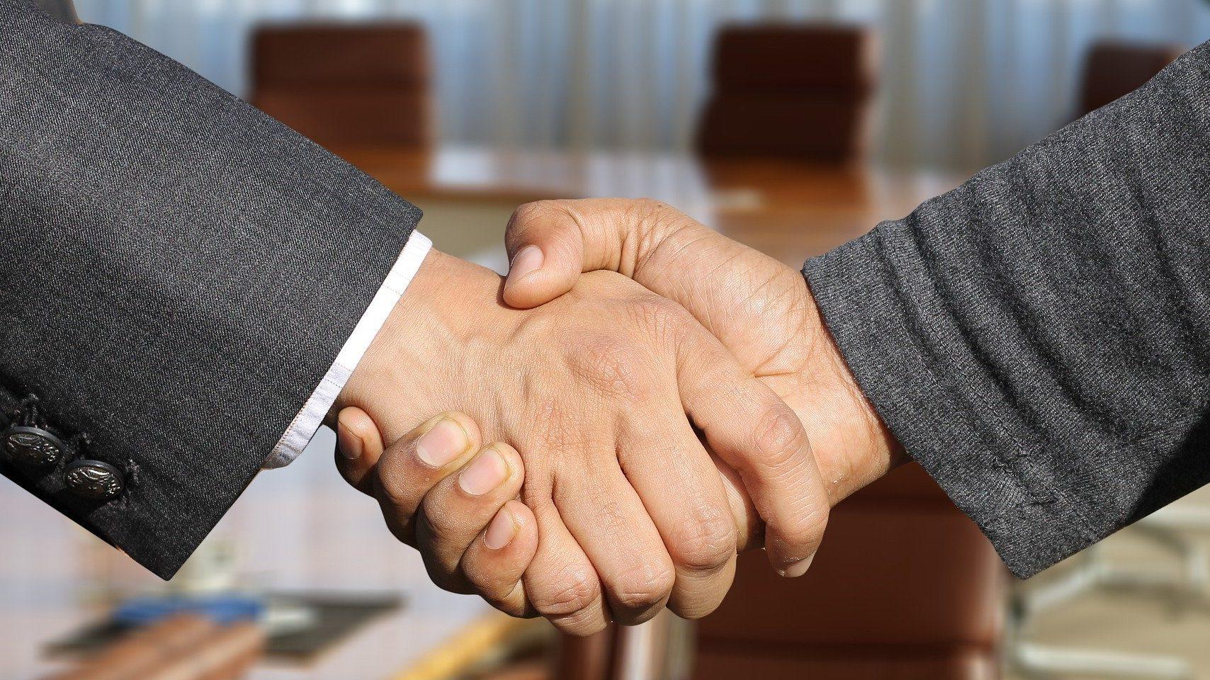 AkinovA הוכרה כזירת מסחר מורשית בביטוח