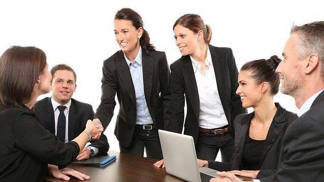 מדד פוליסה לשילוב נשים בהנהלות ענף הביטוח והפנסיה: שיעור ממוצע של 40% נשים בתפקידי ניהול בכירים בענף; המובילות בקידום נשים: אלטשולר שחם, AIG ושירביט