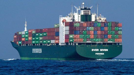"""יו""""ר רשות תעלת סואץ מעריך את היקף הנזקים ביותר ממיליארד דולר"""