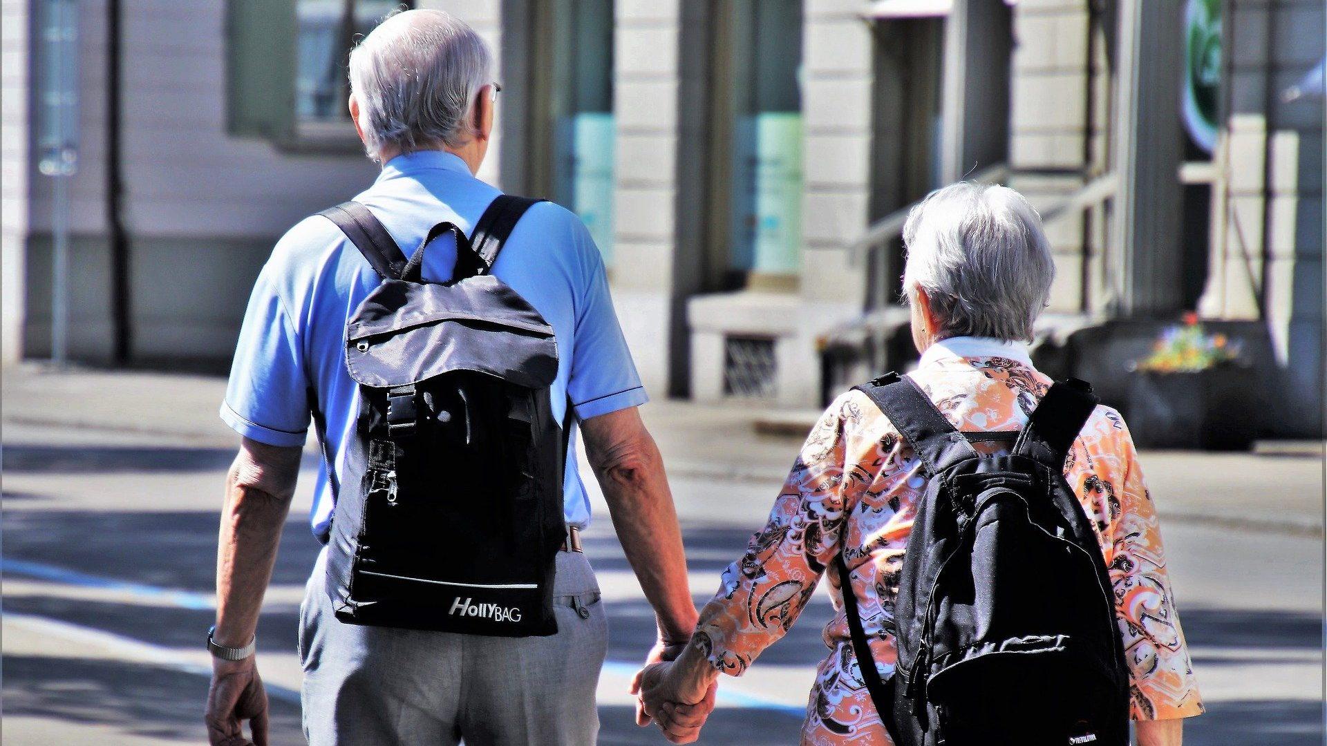 """בקשה לייצוגית נגד כלל ביטוח בטענה למדיניות מפלה מחמת גיל בביטוח נסיעות לחו""""ל"""