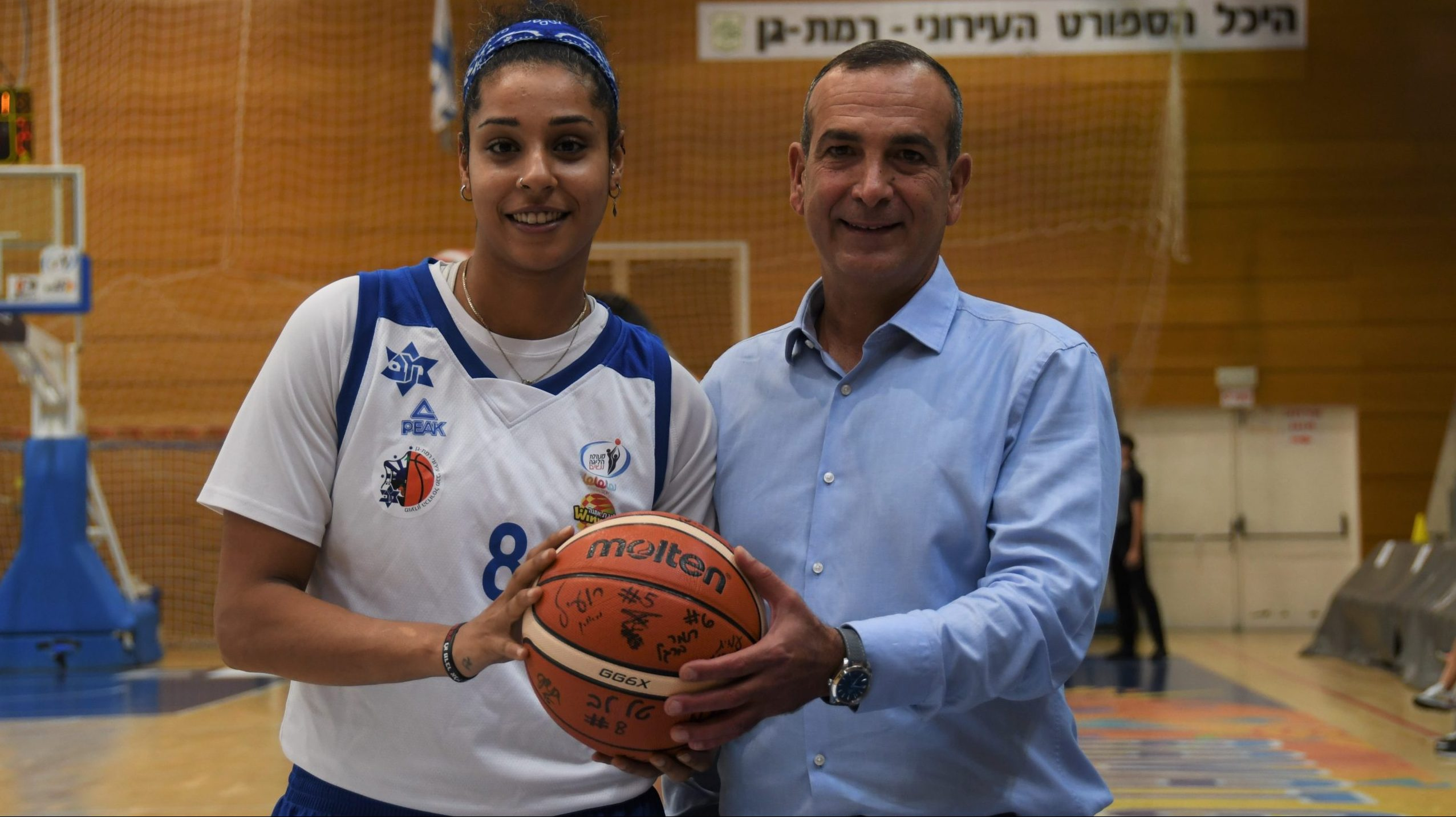 ברוקר הביטוח הדיגיטלי טאץ' יעניק חסות לקבוצת הנשים בכדורסל מכבי עירוני רמת גן